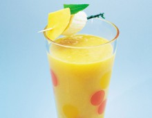 Energising Mango And Banana Smoothie