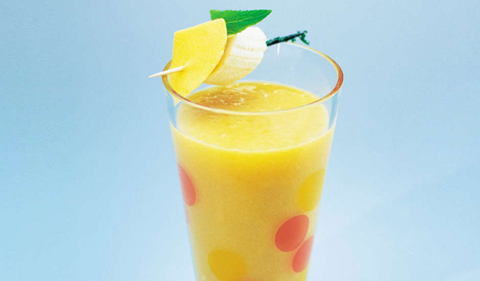 Energising-Mango-And-Banana-Smoothie