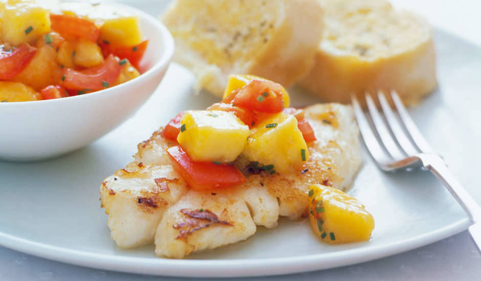 Fish-With-Mango-And-Tomato-Salsa