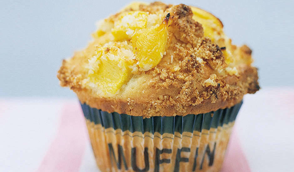 Mango-Coconut-Crumble-Muffins