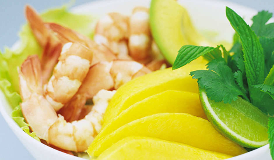 Thai-Style-Prawn-and-Mango-Salad