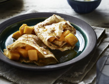 Armagnac and Mango Crepes